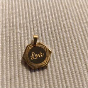 Gouden hanger 'love