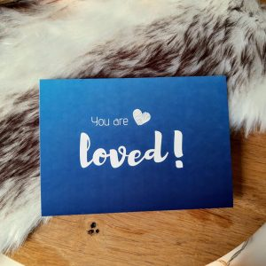 You are loved | blauw | 3x