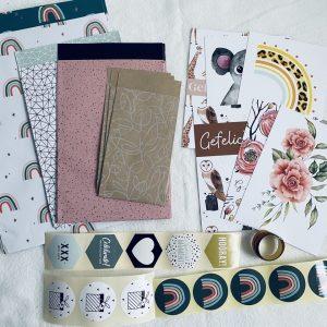 Inpakset #1: kaarten, lint, cadeauzakjes en stickers